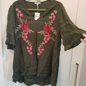 Pleione Tops - NWT Pleione gauze top with rose appliques